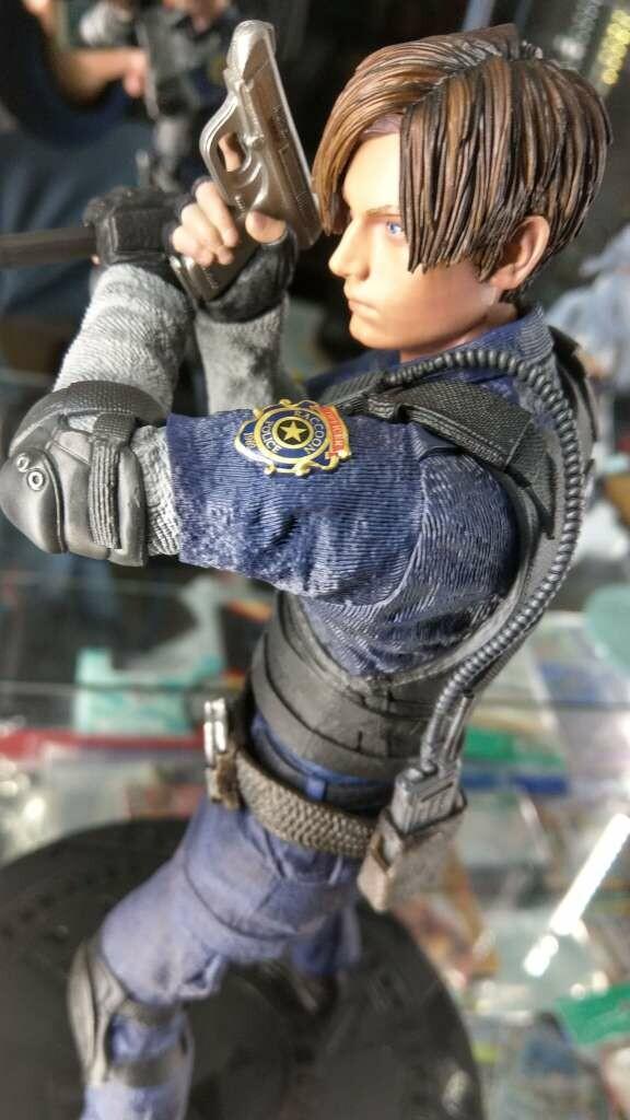Resident Evil 2 Leon Scott Kennedy 1/6